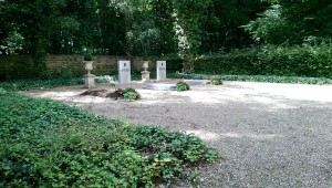 Mausoleum_13.09.58_1024