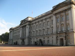 Buckingham_Palace_0272_1024