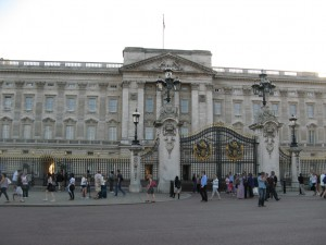 Buckingham_Palace_0279_1024