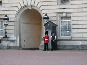 Buckingham_Palace_0282_1024