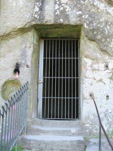 Grotte_Grottenfelsen_4463_1024