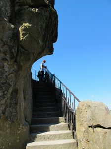 Grottenfelsen_4454_1024